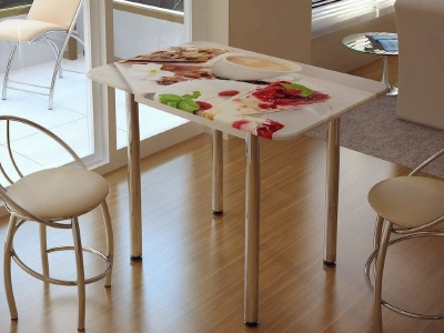 Стол обеденный с принтом белый/десерт